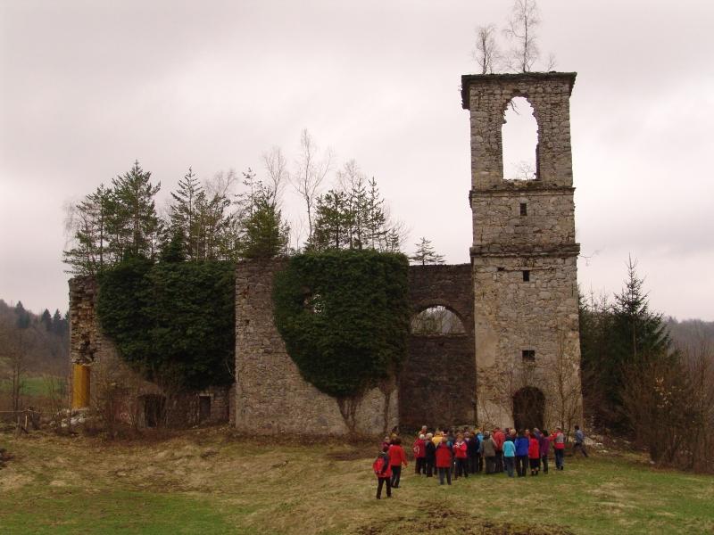 Porušena cerkev Sv. Marije Trošt
